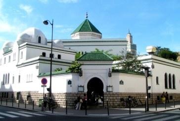 François Hollande effectue une visite surprise à la Grande mosquée de Paris