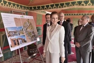 Lalla Salma pose la première pierre du Centre régional d'oncologie et de la Maison de vie de Laâyoune