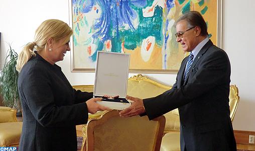 L'ambassadeur du Maroc à Zagreb Moulay Abbes Kadiri décoré par la Présidente Croate au terme de sa mission en Croatie