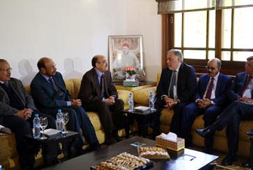 Le président du CORCAS s'entretient avec une délégation de la Chambre des députés chilienne