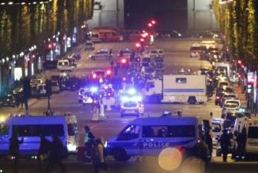 """Attentat à Paris: un mot manuscrit défendant """"Daech"""" retrouvé près du tueur"""