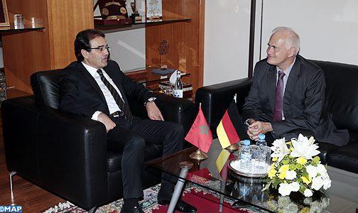 M. Benatiq s'entretient avec l'ambassadeur d'Allemagne au Maroc