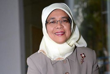 Singapour: Halimah Yacob prête serment