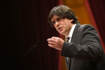 Catalogne: l'indépendance pas déclarée, le sera si l'Etat choisit la répression (Puigdemont)