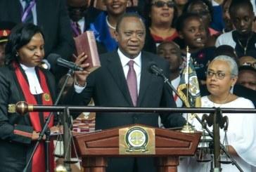 """Le président kényan réélu promet d'""""unifier"""" son pays divisé par un long processus électoral"""