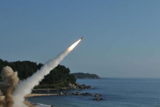 """Tir de missile balistique nord-coréen : l'Espagne condamne """"un acte irresponsable"""""""