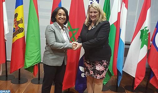 Mme Boucetta s'entretient à Paris avec la ministre québécoise de la protection des consommateurs et de l'habitation
