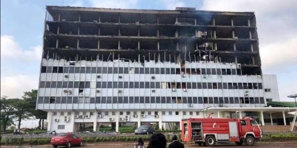 Cameroun: Spectaculaire incendie à l'Assemblée nationale
