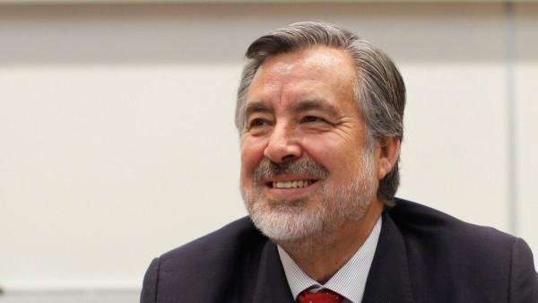Alejandro Guillier reconnaît sa défaite, félicite Sebastián Piñera le nouveau Président du Chili