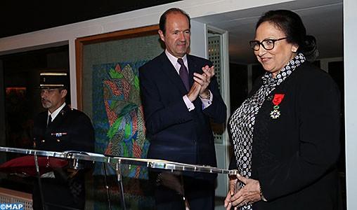 Mme Bahija Simou décorée des insignes d'officier de la Légion d'honneur de la République française