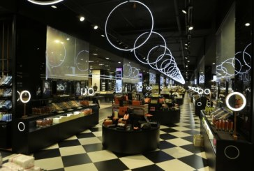 Sold out sur plusieurs références produits de Yan&One grâce au succès de la marque et l'ouverture du 1erBeauty Smart Store.