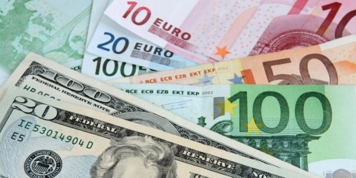 L'Euro et le Dollar US principales devises pour les transactions internationales du Maroc