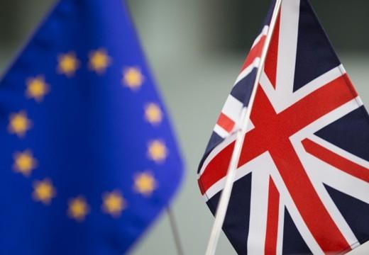 """Brexit : La Commission européenne s'attend à des """"coupes impressionnantes"""" dans le budget de l'UE"""