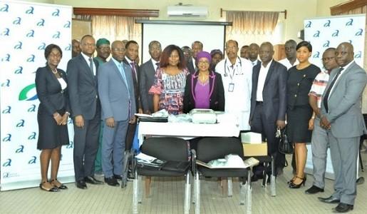 La Banque Atlantique, filiale du groupe marocain BCP, fait don du matériel médical au CHU de Cotonou