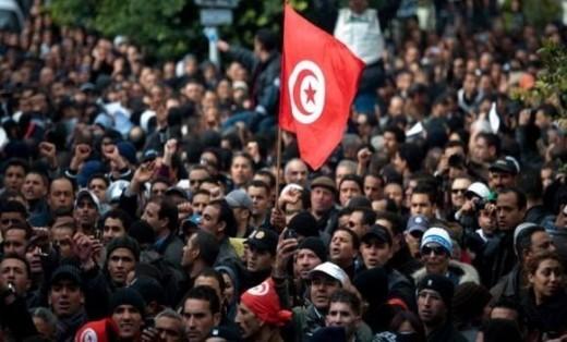 Interpellation de 237 personnes impliquées dans des actes de pillage et saccages en Tunisie