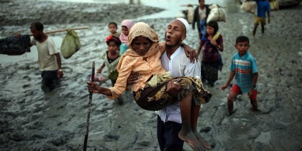 La Birmanie dément une enquête de presse décrivant un massacre de Rohingyas