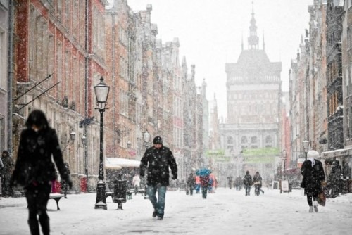 La vague de froid fait cinq nouvelles victimes en Pologne