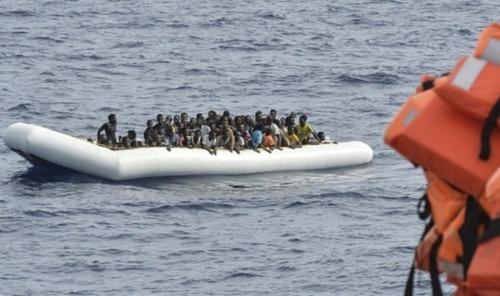 Migration : l'Italie fait don de 12 vedettes aux garde-côtes libyens