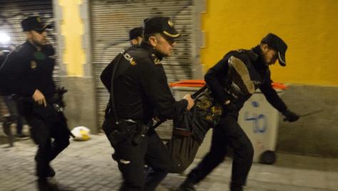 Cinq policiers blessés à Madrid par des migrants subsahariens