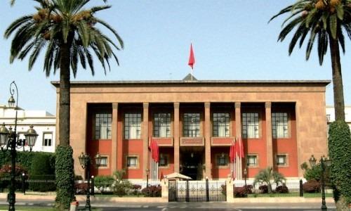 Le gouvernement a adopté 240 projets de texte de loi