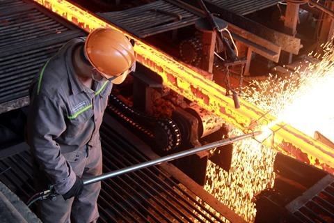 Le Vietnam prépare sa riposte aux taxes américaines sur l'acier et l'aluminium