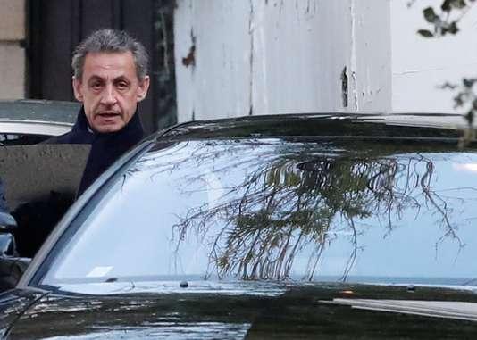 Soupçons de financement libyen: deuxième jour de garde à vue pour Nicolas Sarkozy