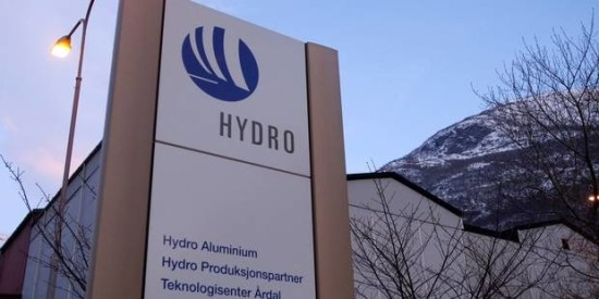 Le Norvégien Norsk Hydro reconnaît avoir pollué une rivière au Brésil
