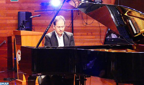 Le pianiste marocain Marouan Benabdellah enchante le public péruvien le temps d'un récital à Lima