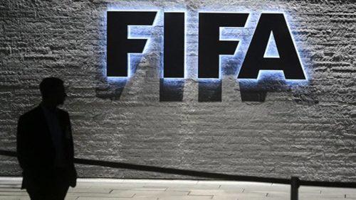 La Fifa attaquée en justice sur les règles de propriété des joueurs