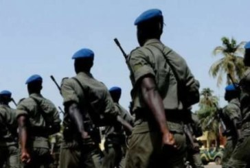 Des milliers de civils et militaires pour le défilé de la fête de l'indépendance du Sénégal