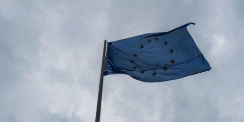 L'Union européenne a réitéré mardi son soutien à l'accord sur le nucléaire conclu avec l'Iran et à sa mise en oeuvre lors d'une réunion à Bruxelles avec le vice-ministre iranien des Affaires étrangères Abbas Araghchi, quelques heures avant l'annonce de la décision du président américain Donald Trump.