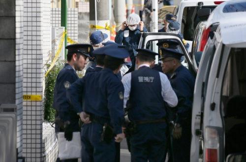 Japon: une nonagénaire fonce sur un trottoir en voiture