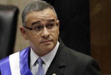 Salvador: l'ex-président convoqué par la justice pour détournement d'argent
