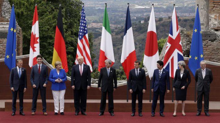 La France, l'Allemagne, la Grande Bretagne et l'Italie contre le retour de la Russie au sein du G7