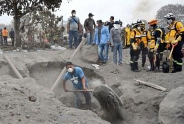 Guatemala: arrêt des recherches de près de 200 disparus après l'éruption du volcan