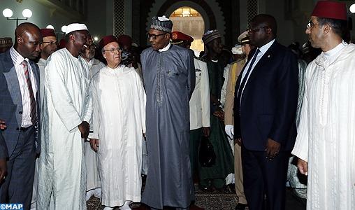 Le président de la République Fédérale du Nigeria, M. Muhammadu Buhari, a effectué, lundi, une visite au Mausolée Mohammed V à Rabat, où il s'est recueilli sur les tombes des regrettés Souverains, Feu SM Mohammed V et Feu SM Hassan II, que Dieu Les ait en Sa sainte miséricorde.