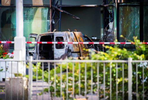 Amsterdam: une camionnette défonce les bureaux d'un grand journal