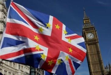 GB-Démission d'un secrétaire d'Etat avant un vote sur le Brexit