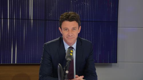 France : Griveaux balaye les accusations de dons déguisés à Macron