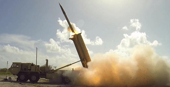 Deux missiles visant la ville saoudienne de Najran échouent à atteindre leurs cibles