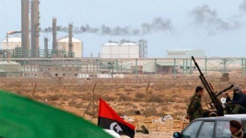 Libye: L'exportation de pétrole par des institutions parallèles serait