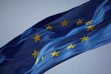 L'UE menace les USA de frapper fort si ses autos sont taxées
