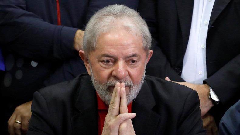 Brésil: Le Tribunal supérieur rejette une demande de libération de l'ex-président Lula