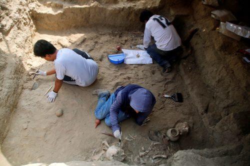 Grèce: découverte d'une tablette antique gravée d'un extrait de l'Odyssée