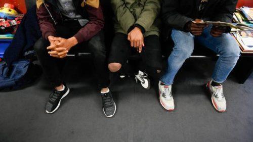 Migrants mineurs en rétention en France: 304 enfants enfermés en 2017, un record