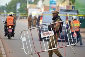 Attaque d'un convoi dans l'ouest du Burkina Faso: 2 morts et 5 blessés