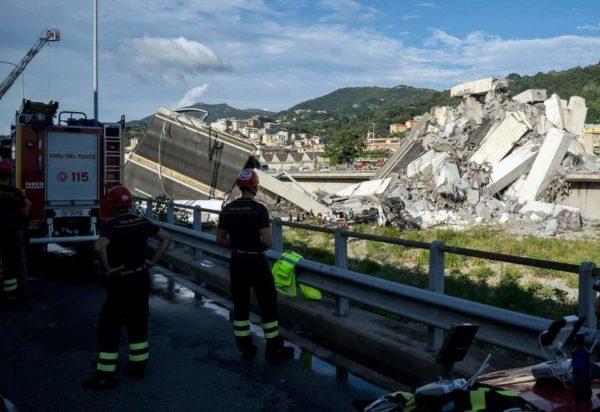 Effondrement du viaduc autoroutier en Italie: le bilan grimpe à 35 morts