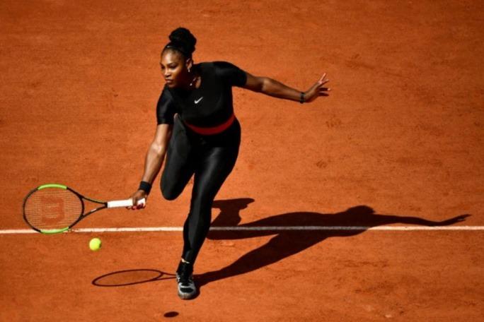Combinaison de Serena: Nadal défend les organisateurs de Roland-Garros