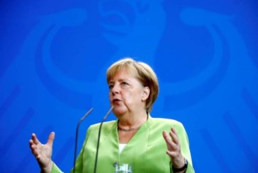 Un sommet entre Russie-Turquie-France-Allemagne sur la Syrie pourrait avoir du sens selon Merkel
