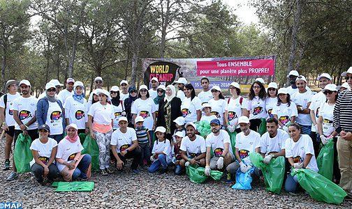 Journée internationale du nettoyage: campagne de sensibilisation à la forêt de Bouskoura